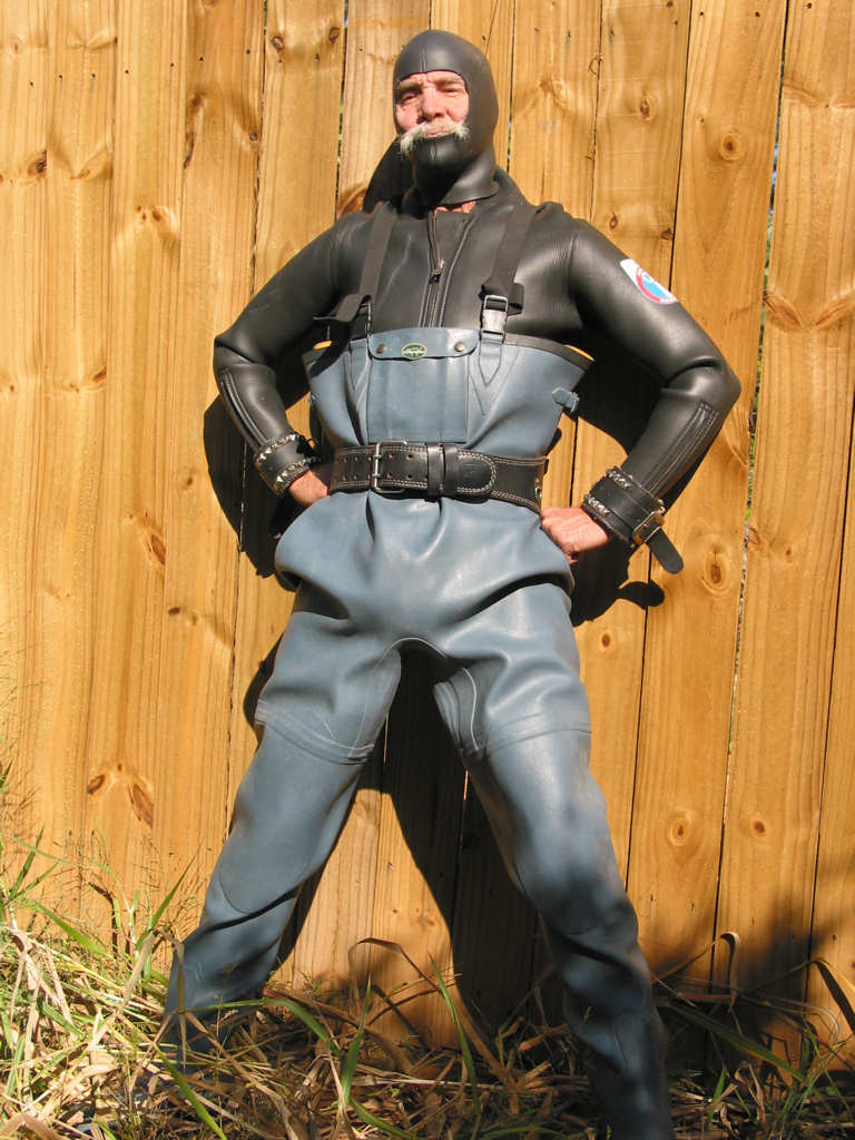 Grinning Grey Rubber 2006